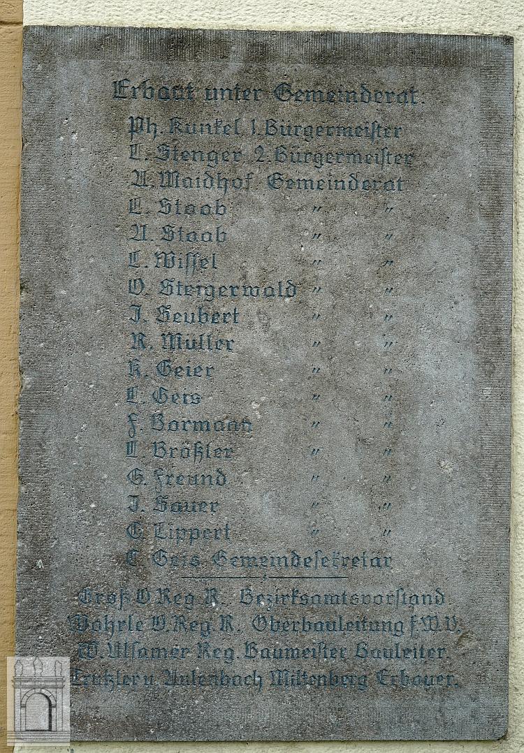 Gründertafel restauriert